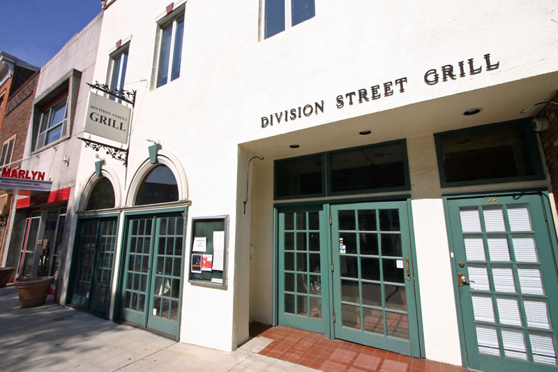 division-street-grill-on-division-street
