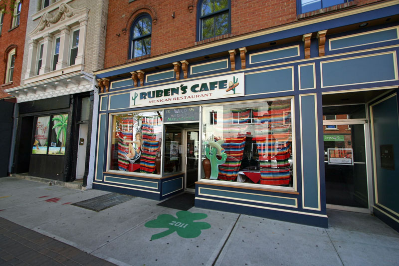 rubins-mexican-resturant-on-division-street
