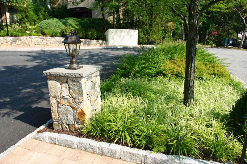 front-island-gardens