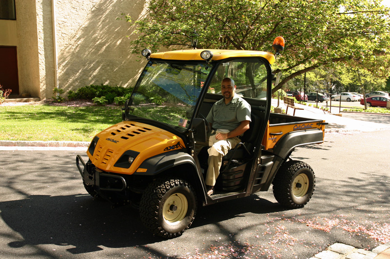 river-house-staff-assistant-super-in-our-cub-cadet