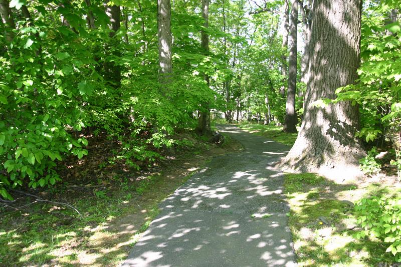 river-house-walking-trail